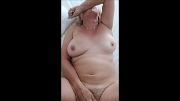 love sex granny Stunning sexy blonde aus girl shows all on public webcam
