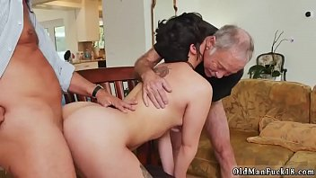 young is so this wet and brunette horny Pendejas virgines la primera vez