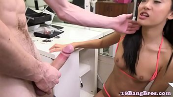 amateur hard asian gf rammed Daddy cums inside daughter and makes her squirt