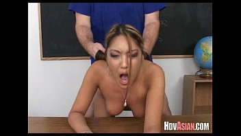 meat street asian karen3 Girl saw first time shemale