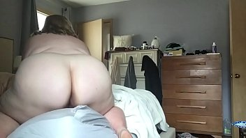 she her me shows Babes with big boobs masturbating together
