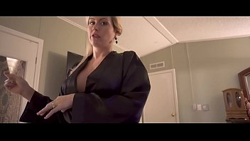 son bath room inside by surprises Film la directrice