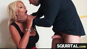 squirting cummy fingering pussy wet 3d anime avatar shemale