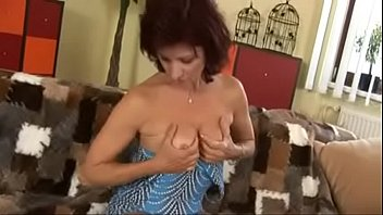 vidio mom xxx 48 year old wife