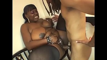 quick fat fuck hair sexy mom black Stepmum helps out
