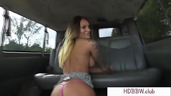 abuse do amateur Latina milf behind