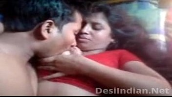 reshma aunty hot sean boobs Le sangra y chupa