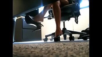 staff janda main office Pornstar babe riding cock of guy that is bonded