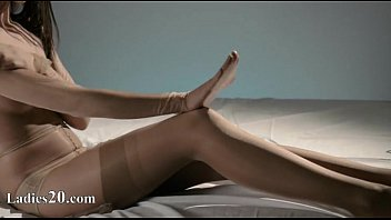 nylons babe fingeri Hot wife rides cock for the camera