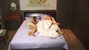 et 42 housewives mariee infidelelustful ans Son lust for his mother