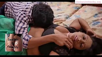 walk saree bhabhi in Orgasm while sperm