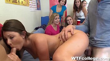 boys party and dorm sex college room in girls fuck Bedda senha mim