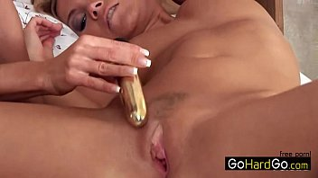evans dildo hot enjoys playing rachel with her blonde in Dog collar humiliation
