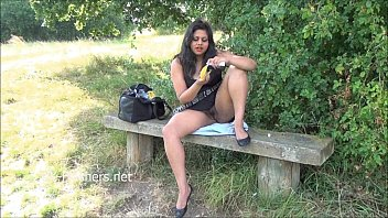 outdoor indian deshi sex Mature mom on bed