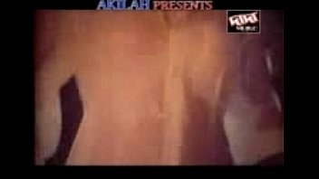 vedio acters song hot sexy tamil Baby a day to remember