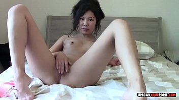 video sex download asian malay Living mice in pussy